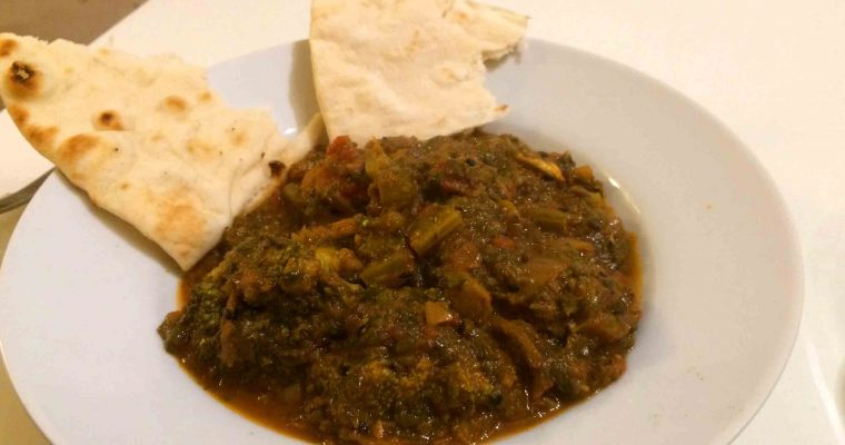 Spinach and Broccoli Curry Recipe